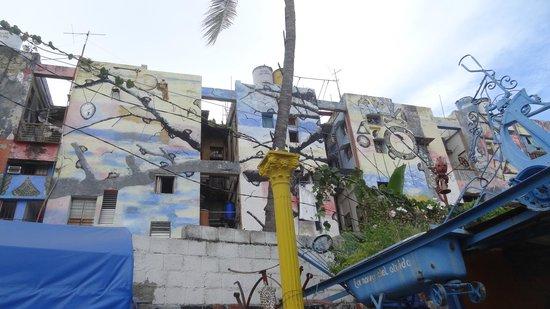 Callejon de Hamel : Callejon de Hammel. paredes del callejon