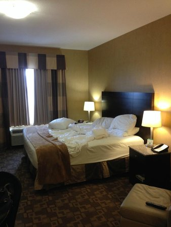 Best Western Plus South Edmonton Inn & Suites: Comfy Bed