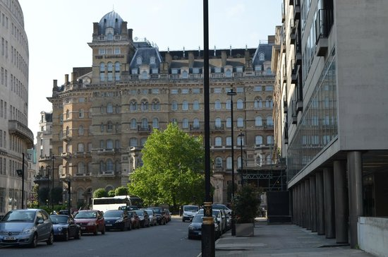 The Langham, London : view of hotel from portland place
