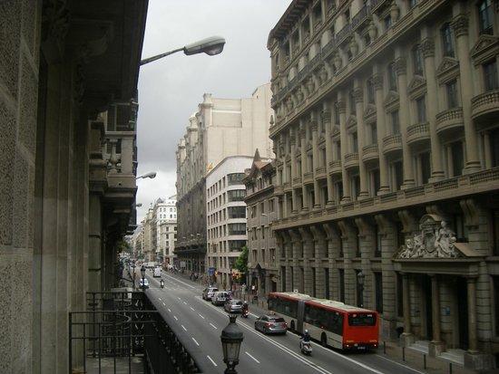 Hotel Colonial Barcelona: Утренняя Барселона