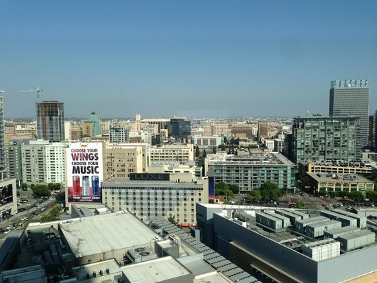 The Ritz-Carlton, Los Angeles : View