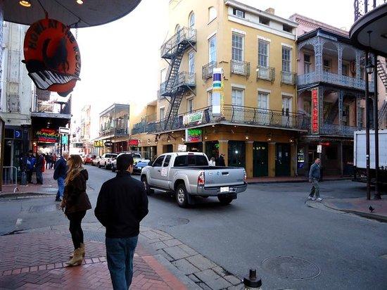Bourbon Street : Bourbon St