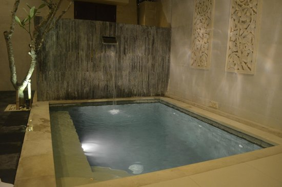 Daluman Villas: Private pool