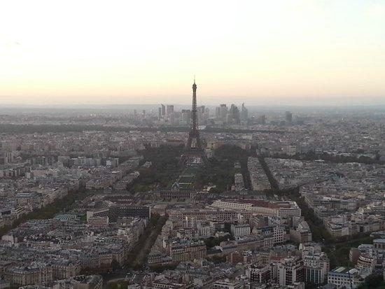 Observatoire Panoramique de la Tour Montparnasse : Visão panoramica da torre de montparnasse
