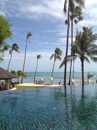 Belmond Napasai: vue piscine