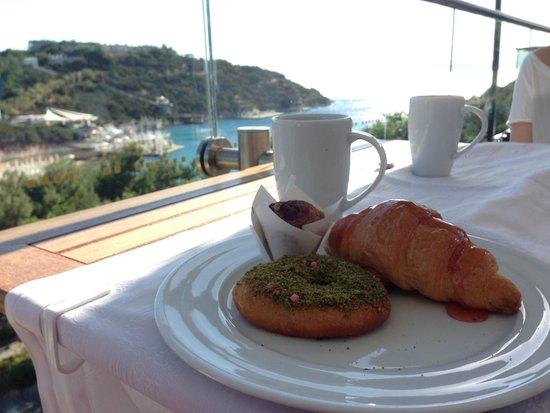 Hilton Bodrum Turkbuku Resort & Spa: breakfast