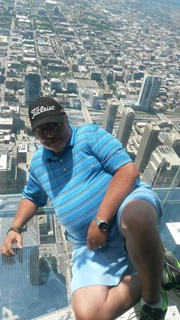Skydeck Chicago - Willis Tower: John Martin July 10th 2014