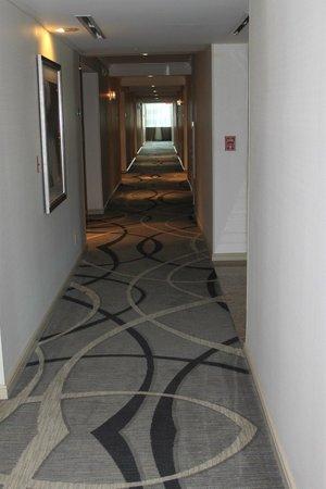 Royal Sonesta Houston Galleria : Hallway Royal Sonesta
