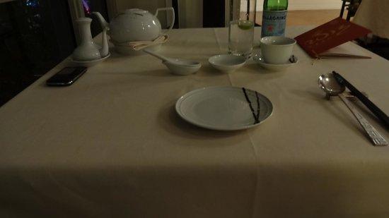 Mandarin Oriental, Kuala Lumpur: waiting for dinner