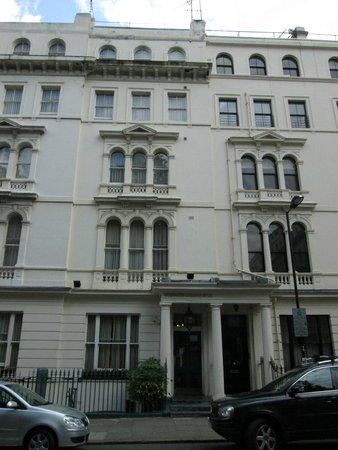 Kensington Gardens Hotel Front