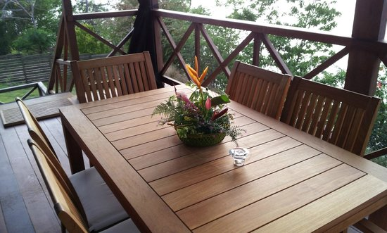 Secret Bay: Table set by daily by attendant