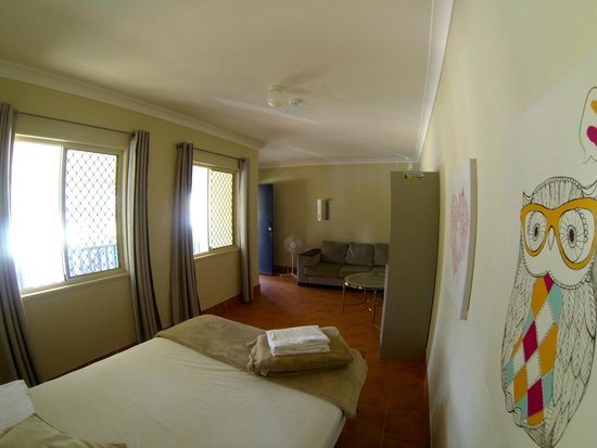 Budds in Surfers: double room