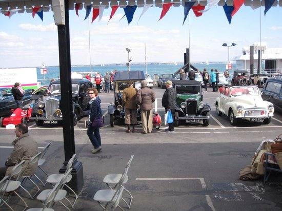 Ryde Harbour: car show