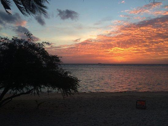 Sabai Beach Resort: Sunset from room no 10