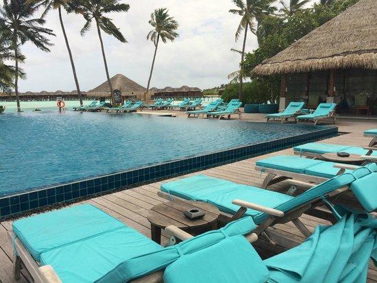 Anantara VeliMaldivesResort: lovely pool