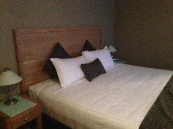 Best Western Plus Launceston : King Bed
