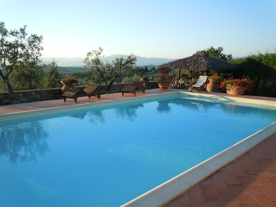 Podere Le Cave: pool area