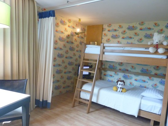 Deevana Plaza Phuket Patong : Room 437 Bunk Bed