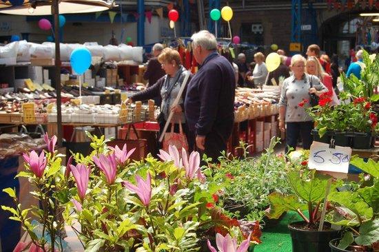 A sunny Saturday in Abergavenny Market