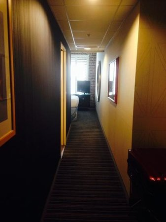 Argonaut Hotel, A Noble House Hotel: long corridor in the room!