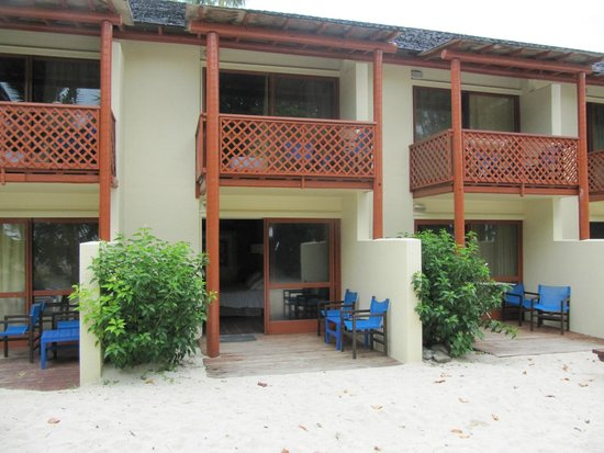 The Rarotongan Beach Resort & Spa : Beachfront rooms