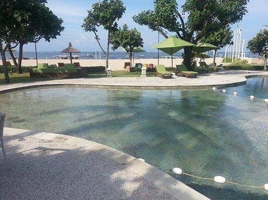 The Tanjung Benoa Beach Resort - Bali: Tao Beach Club