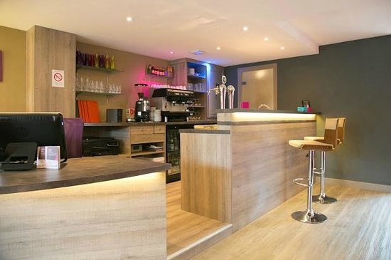 Inter-Hotel Le Garden Tours-Sud : Bar