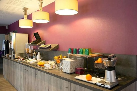 Inter-Hotel Le Garden Tours-Sud : Buffet petit déjeuner