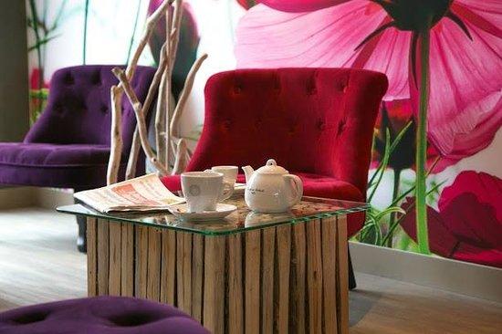 Inter-Hotel Le Garden Tours-Sud : Salon