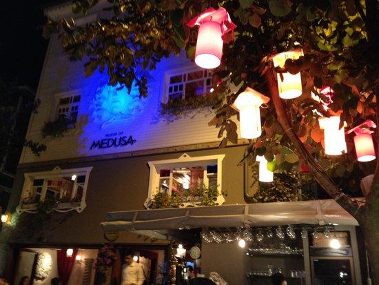 House of Medusa : Muy buen ambiente y muy buena comida.