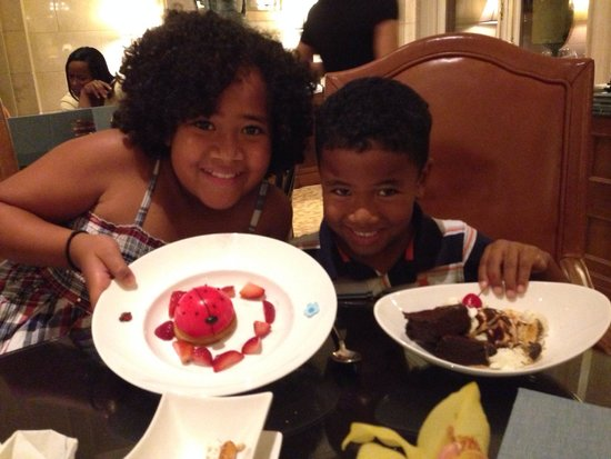 The Ritz-Carlton Orlando, Grande Lakes: Ladybug cheese cake and S'more Sundae from Children's menu