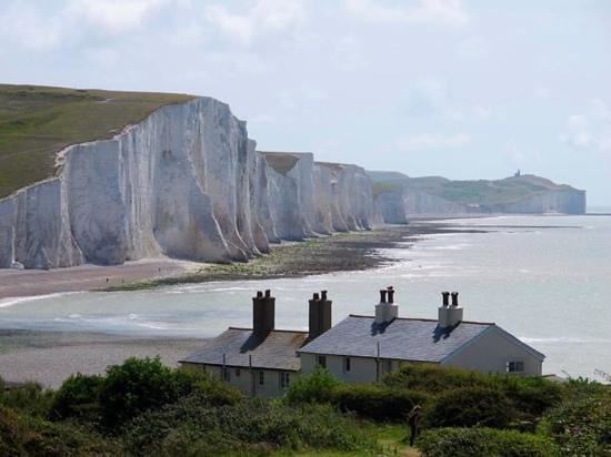 Seven Sisters Country Park: view from the lifesavers cottages
