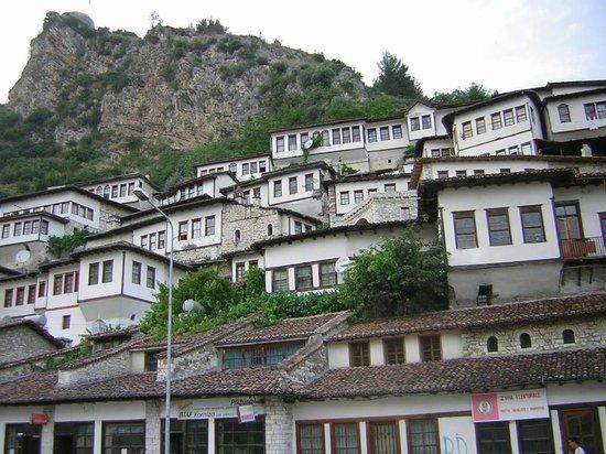 Albânia: Berat old town