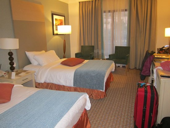 Movenpick Resort Petra : Room with 2 double beds