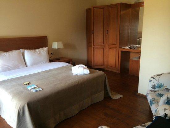 Villa Verde Pension: bed
