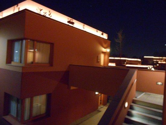Disney's Hotel Santa Fe: de nuit