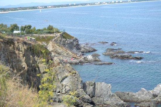 Sentier du Littoral : d'un coté la mer...