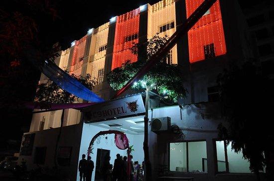 OYO 24936 HOTEL C-9 (Jaipur, Rajasthan) - Hotel Reviews