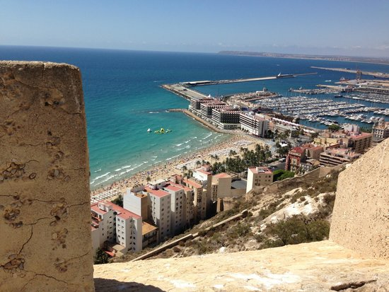 Melia Alicante: View from castillo san barbara