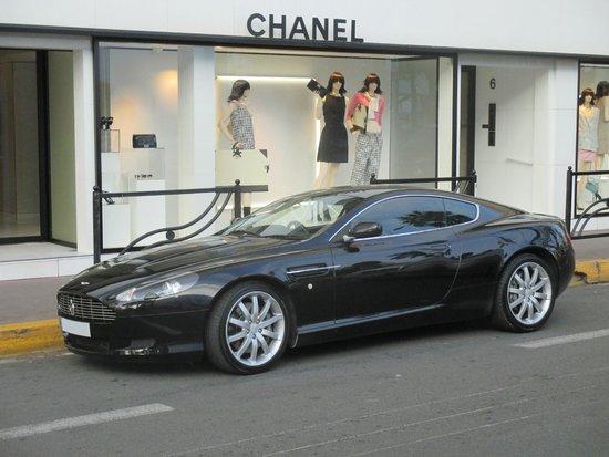 Riviera Classic Car Hire: Aston martin DB9
