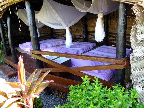 Samoan Outrigger Hotel : Fale