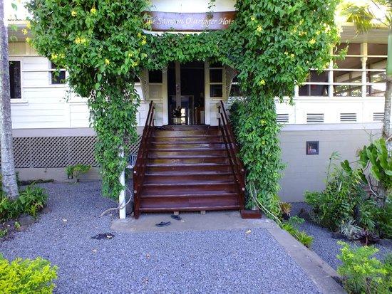 Samoan Outrigger Hotel : Main Entrance