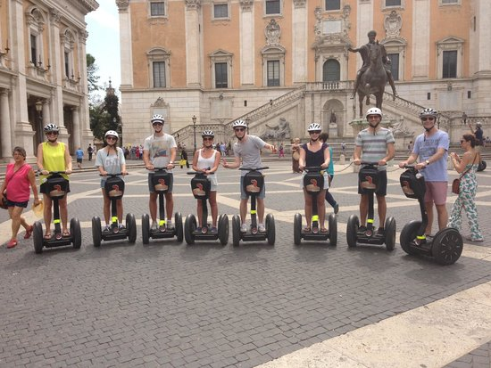 Rex-Tours The Rome Experience: How to look like a celebrity in Rome!