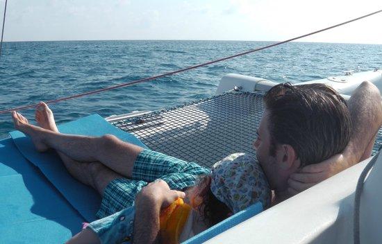Silentbay Charter: Momento di relax/coccole post-bagnetto <3