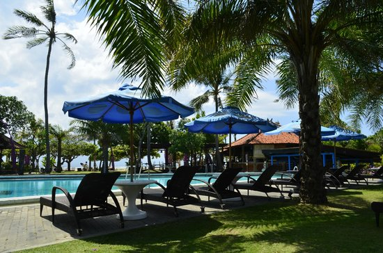 Inna Grand Bali Beach Hotel : второй бассейн
