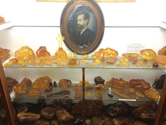 The Kauri Museum: Kauri Gum