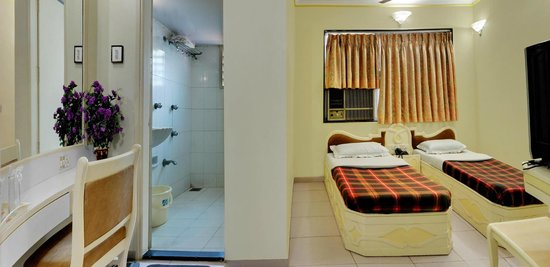 Oasis Hotel Ahmedabad: DOUBLE ROOM (SEPRATE BED)