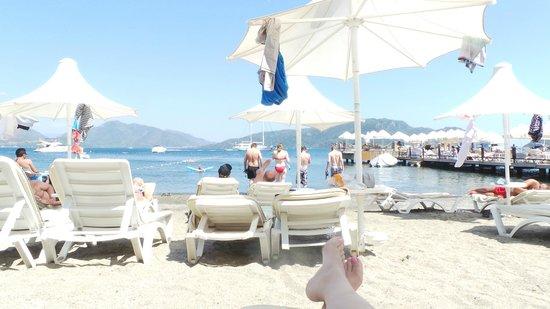 Hotel Cettia Beach Resort: Playa Privada