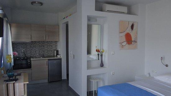 Zathea Apartments: Δίκλινο Δωμάτιο / Double Bed Room