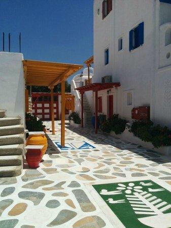 Sun Of Mykonos Studios: Vista del hotel